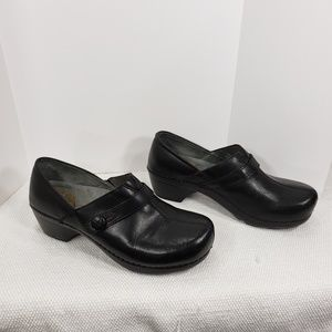 Dansko Solstice Black Leather Clog